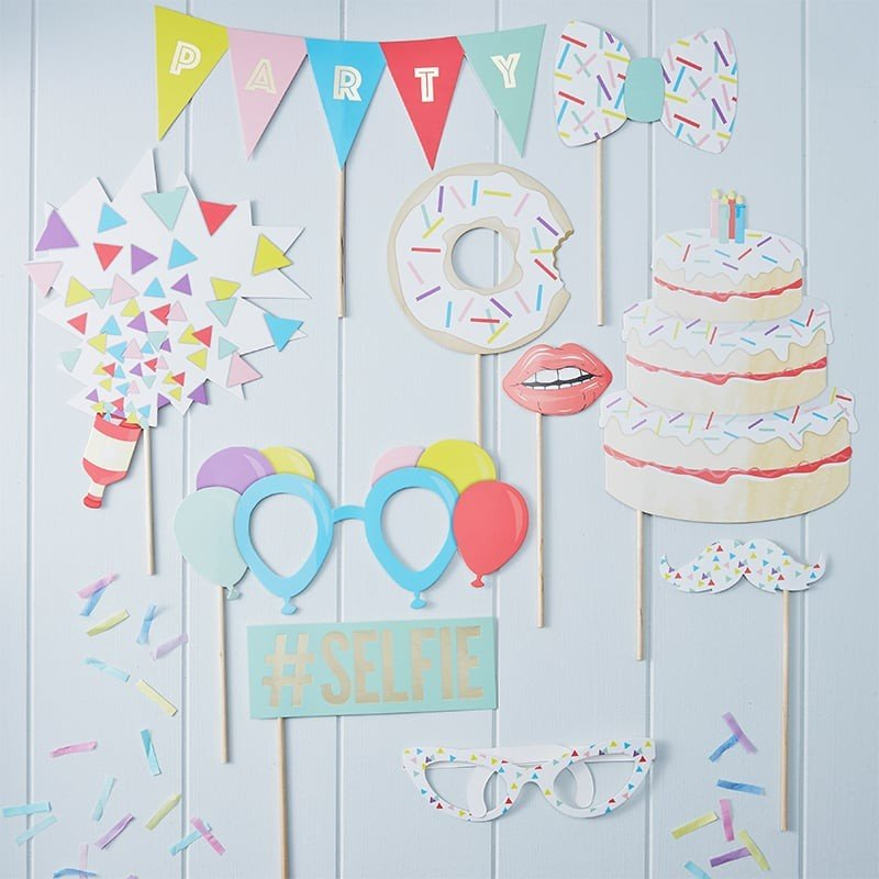 Super Photo Booth di Compleanno Economici e Divertenti - FesteMix JB97