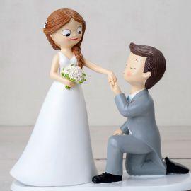 Statuine Sposi con Sposo Inginocchiato