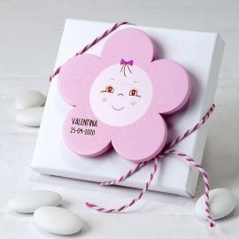 Calamita Fiore Rosa di Legno con 5 Confetti