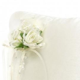 Cuscino per Anelli Crema con Fiori Bianchi